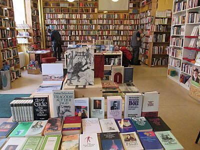 Büchertisch Berlin am Mehringdamm