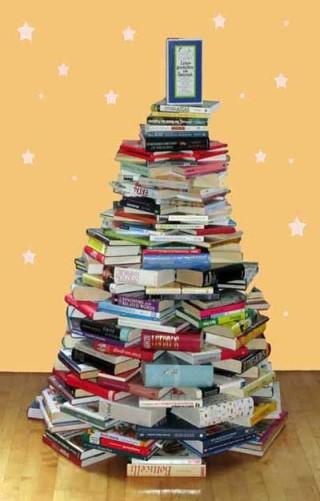 Weihnachten - eim Baum aus Büchern