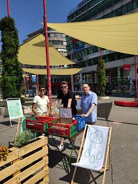 Coole Straßen am Christian Broda Platz mit vielen Büchern vom Wiener Bücherschmaus