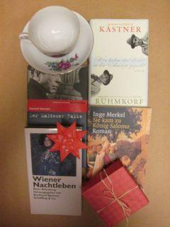 Buchbox mit neuwertigen Secondhandbüchern